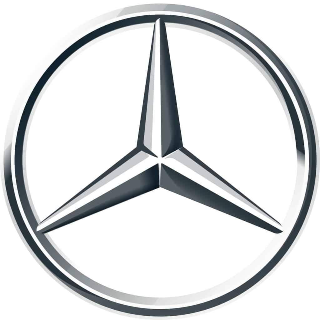Das transparente Logo von Mercedes Trucks.